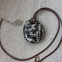 Náhrdelníky - Betónový náhrdelník justStone light Black - 9213689_