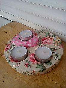Svietidlá a sviečky - Svietnik na tri čajové sviečky - 9211540_