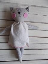 mačička Julinka