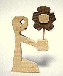 Dekorácie - Chlapec a kvetinka - 9210612_