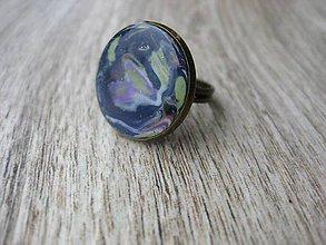 Prstene - Prsteň väčší guľatý (Prsteň dúhovo modrý č. 1805) - 9212264_