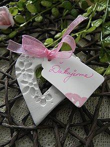 Darčeky pre svadobčanov - Svadobné srdiečko - kvietkovance:-) - 9217301_