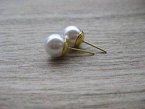 Náušnice - Perly napichovačky - zlatý kov (biele - napichovačky 10mm zlatý kov, č. 1812) - 9215812_