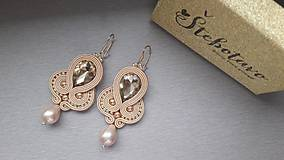 zlatá slza - šujtášové náušnice s riečnou perlou