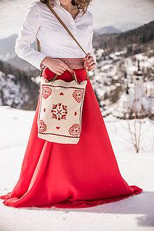 Veľké tašky - Vyšívaná taška Slavena - 9219981_