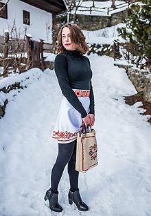 Sukne - Ručne vyšívaná mini sukňa - 9220139_