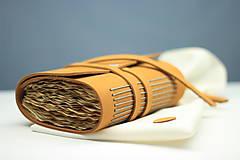 Papiernictvo - Kožený zápisník OROMO A6 - 9219663_