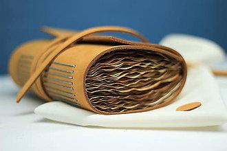 Papiernictvo - Kožený zápisník OROMO A6 - 9219666_