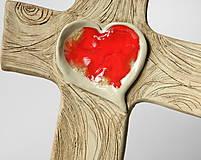 Dekorácie - Keramický kríž (so srdcom zo skla) - 9221826_