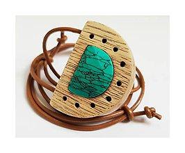 Náhrdelníky - Prírodný tyrkys v agátovom dreve - 9228834_