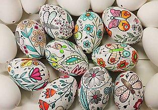 Dekorácie - husacie vajíčka /kvietky a motýle - 9228169_