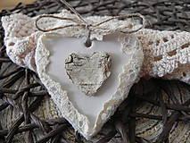 Darčeky pre svadobčanov - Svadobná magnetka - brezové srdiečko v čipke:-) - 9230765_