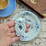 Náušnice - White Crystals - sutaškové náušnice - 9231409_
