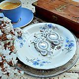 Náušnice - White Crystals - sutaškové náušnice - 9231410_