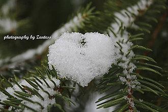 Fotografie - Autorská fotografia: Snehové srdce (2) - 9233461_