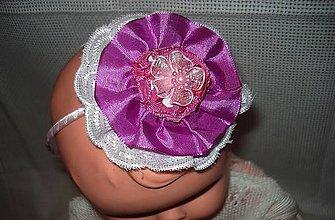 Ozdoby do vlasov - čelenka - s fialovo bielou kvetinkou - 9232962_