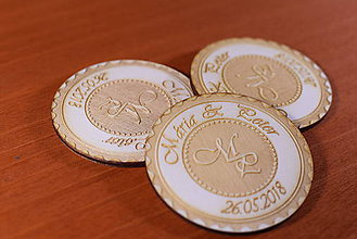 Darčeky pre svadobčanov - Svadobná magnetka drevená gravírovaná 149 - 9232615_