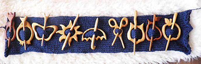 Odznaky/Brošne - spona na sveter... - 9234457_