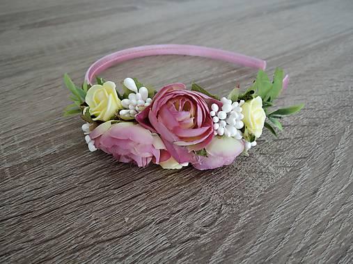 Čelenka ružovo-žltá