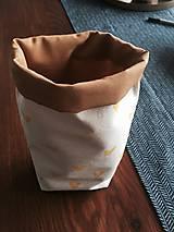 Úžitkový textil - Ušimi desiatové vrecúško so srdiečkami - 9235615_