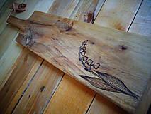 Doštička na krájanie - jarná (46X11cm)
