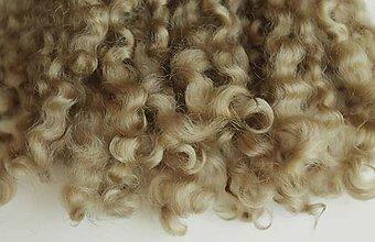 Materiál ručne robený - Vlasy pre bábiky - č. 19 - 9240261_