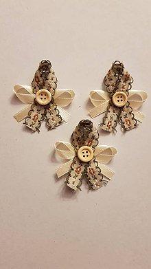 Pierka - vintage vyšívané svadobné pierka s gombíkom - 9242077_