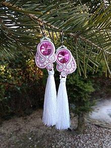Náušnice - Bielo-ružové náušnice so strapcom - 9241476_