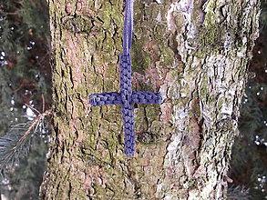 Náhrdelníky - pletený krížik 3 - 9240943_