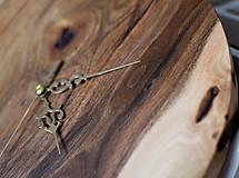 Hodiny - orechové hodiny (balík na adresu, poistenie 30€, označenie krehké 2€) - 9241415_