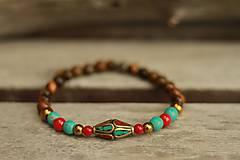 - Náramok z minerálu korál, tyrkenit a tigrie oko a korálkou z Nepálu - 9239023_