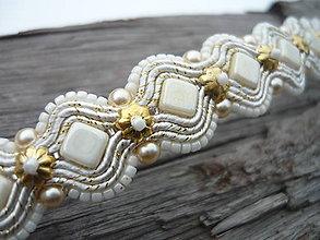 Náramky - Soutache náramok Svadobný Ivory Love so zlatou - 9247358_