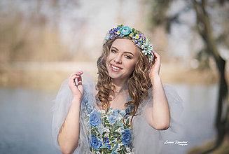 Ozdoby do vlasov - Lúčny kvetinový venček modrenka - 9244790_