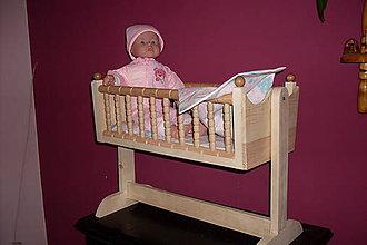 Hračky - Sústružená kolíska pre bábiky - 9247961_