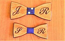 Doplnky - Pánsky drevený motýlik INITIAL otec a syn - 9244363_