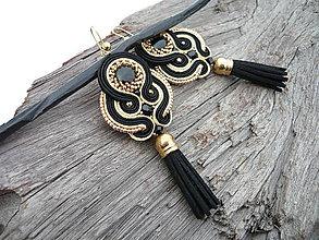 Náušnice - Soutache náušnice strapcové Luxury Black&Gold - 9252773_