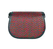 Kabelky - Lovecká kabelka ručne vyšívaná z pravej kože - červené vyšívanie - 9252509_