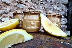 Med s citronovou kůrou