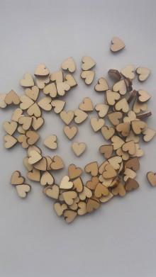 Polotovary - Drevený výrez- srdiečko - malé - 9250187_