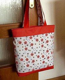 Nákupné tašky - taška červená kvetovaná - 9253363_