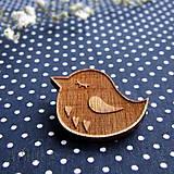 Drevený odznak vtáčik