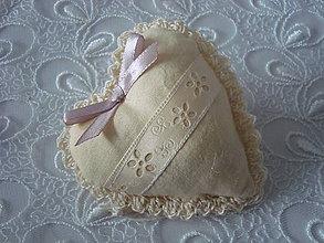 Darčeky pre svadobčanov - Svadobné srdiečko (Béžová) - 9253856_