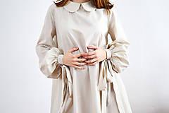 Šaty - Unikátne bavlnené šaty s extravagantnými rukávmi a jemným bodkovaním - 9255387_