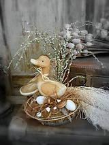 Dekorácie - Jarná dekorácia s kačkou - 9258341_
