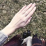 Prstene - Pozlátený prsteň s kruhom (ružové zlato) - 9262719_