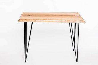 Nábytok - Konferenčný stolík s čiernymi kovovými nožičkami - 9261446_