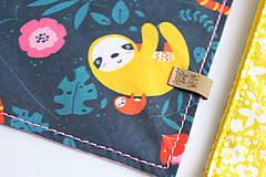 Pre zvieratká - Obojok Iris - limetkový s kvietkami - 9266111_