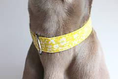 Pre zvieratká - Obojok Iris - limetkový s kvietkami - 9266149_