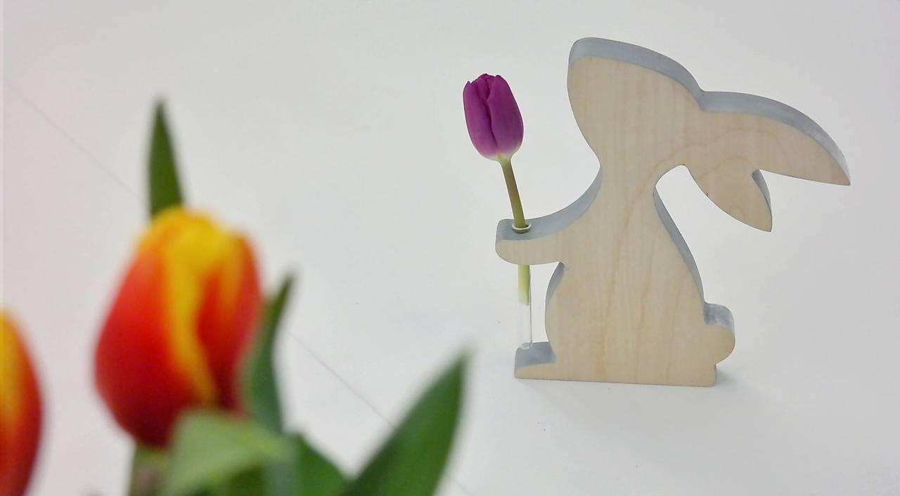 drevený zajo váza