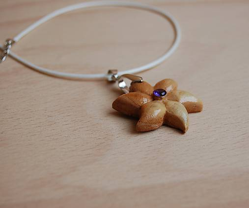 4865651fe Drevený náhrdelník - kvet 2 / DREWART - SAShE.sk - Handmade Náhrdelníky